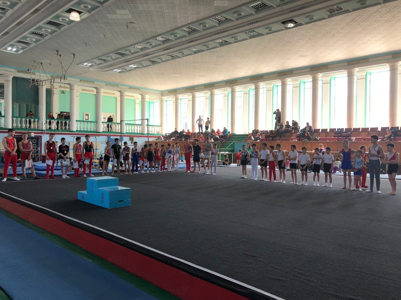 В Донецке прошли соревнования по спортивной гимнастике «Олимпийская надежда»