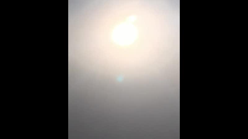 Во время коммерческого полета над США запечатлели два солнца