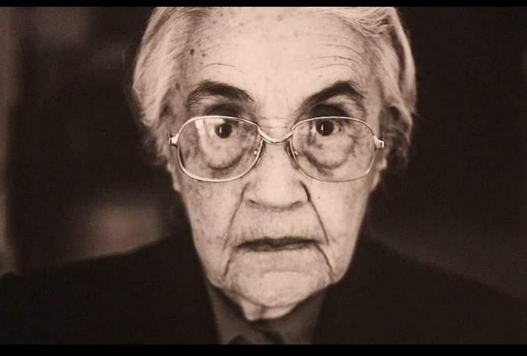 Умерла вдова и соратница диктатора Албании Энвера Ходжи Неджмие Ходжа