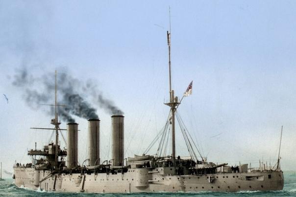 """Крупнейшая в мире серия больших броненосных крейсеров - крейсера Royal Navy класса Monmouth (у нас их отчего-то называют класс """"Кент"""")."""