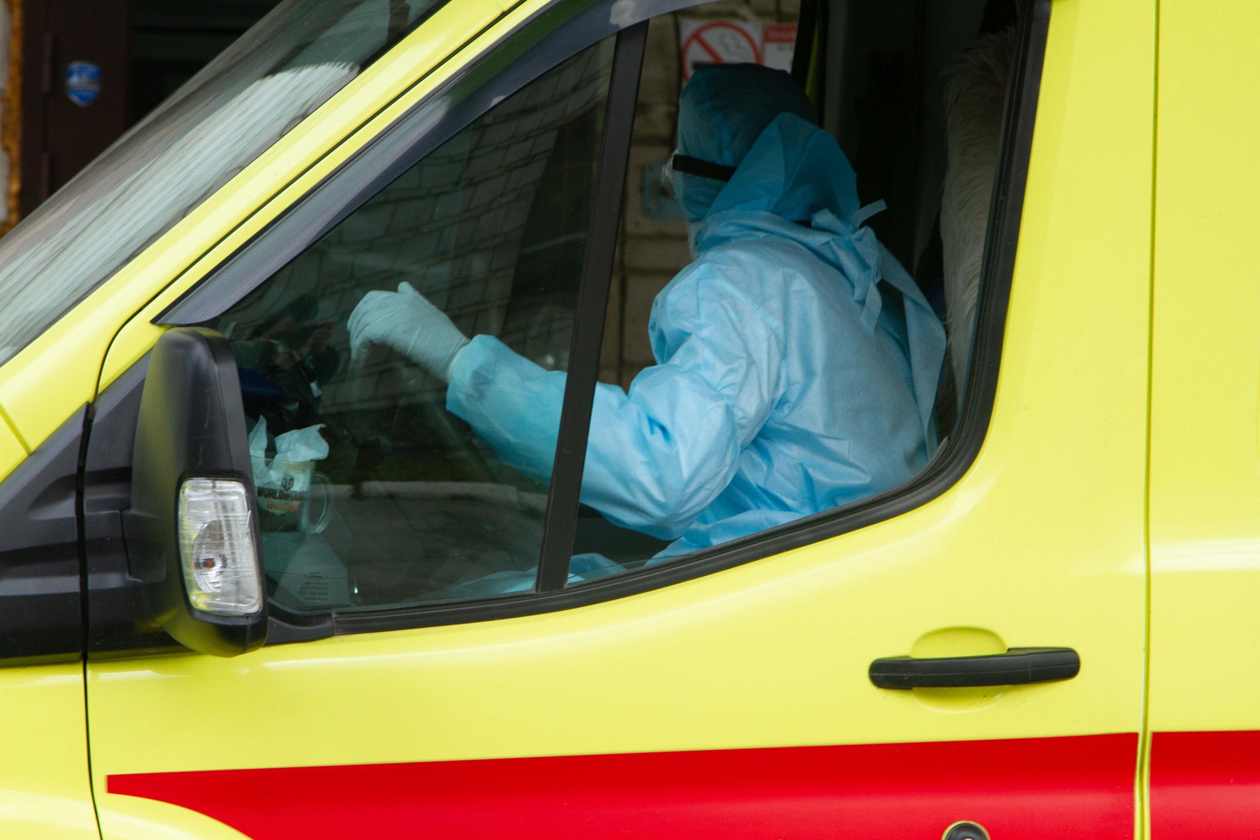 фото «Просто поменяли диагноз!»: заболевшему медработнику из Новосибирска отказали в коронавирусной выплате 6