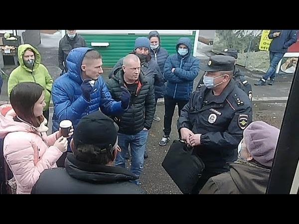 Без маски не повезём Вызвали полицию Масочный карнавал в трамвае