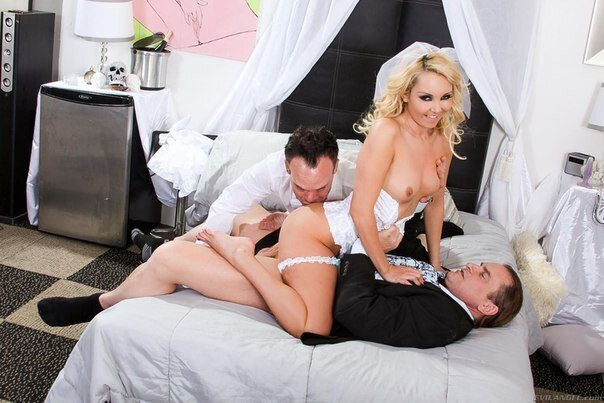 Blonde Wife Cheats On Her Husband On Gotporn