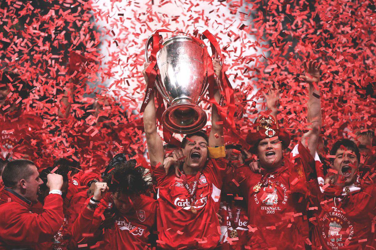 Ливерпуль с Кубком Лиги чемпионов 2005