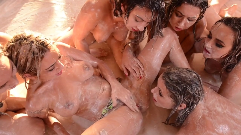 Wet And Messy Porn Pics