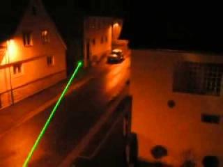 Мощные зеленые, фиолетовые и красные лазерны указки, зажигают спичку, прожигают бумагу 6