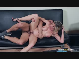 [Brazzers] Cory Chase - Hot & Sweaty Day [2018, Blonde, MILF, Big Tits, Facial, Cum On Tits, 1080p]