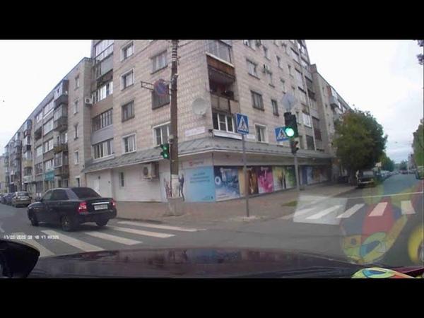 ДТП Киров Человек Хипстер напал на беззащитную Ладу Приору