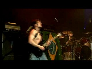 Soulfly - Roots Bloody Roots (Live Sepultura cover)