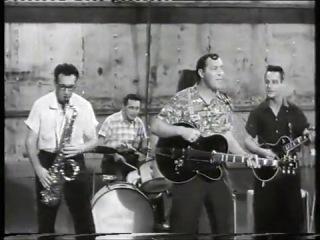 Bill haley & his comets - -u0027hot dog buddy buddy-u0027 - from -u0027don-u0027t knock the rock-u0027 - hq 1956
