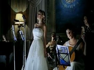 Raoul Bova и Anja Kling в La La piovra 8. Lo scandalo. Спрут - 8. 1997 г. 2 серия.Реж.:Giacomo Battiato.Италия.