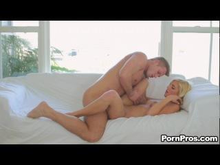 Carmen Monet обожает мужские яйца ([PornPros] March 15, 2012)