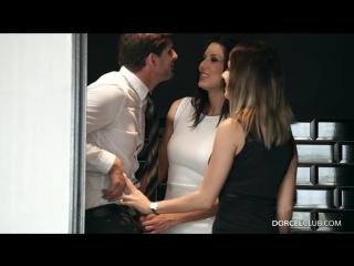 Знакомства и секс 18+ | парень и две горячие сексуальные девушки, жмж