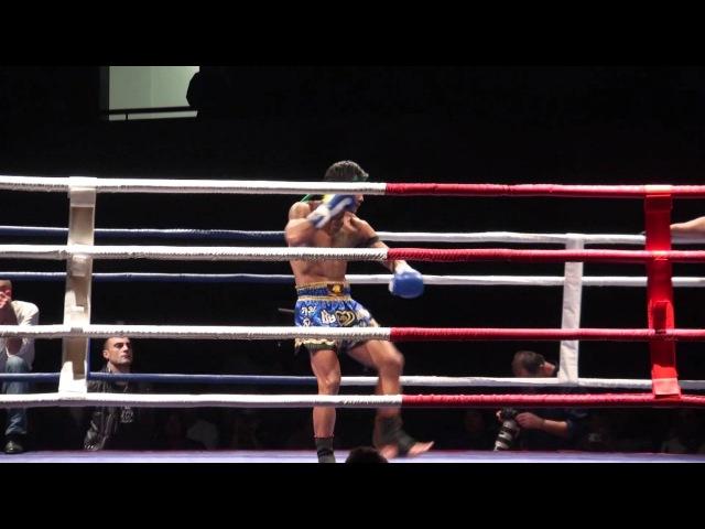 Sak Kaoponlek Prima la danza e agli avversari