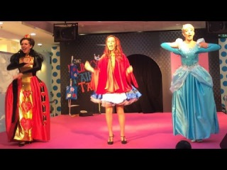 The Funky Fairy Tales Live(Queen of Hearts, Cinderella and Little Red Riding Hood)