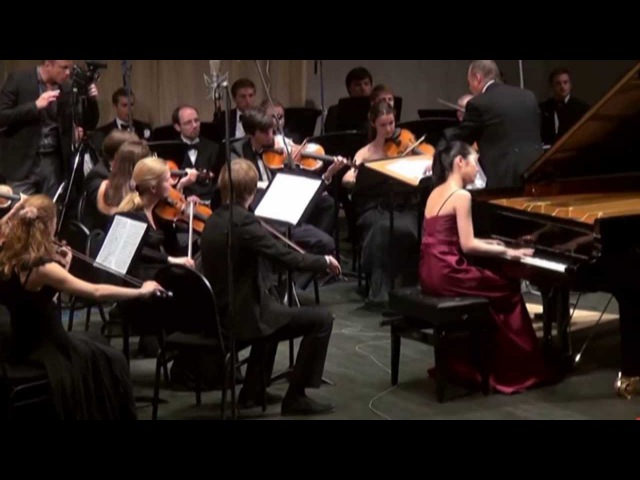 Tiffany Poon plays Chopin Concerto No 1 in E Minor Op 11 Better Audio
