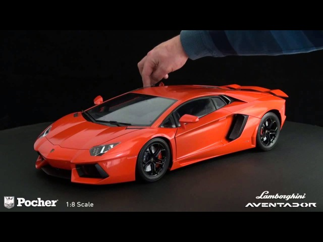 Pocher Model kits 1:8 - Lamborghini Aventador