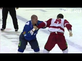Бой КХЛ: Мирасти VS Гиллис / KHL Fight: Mirasty VS Gillies