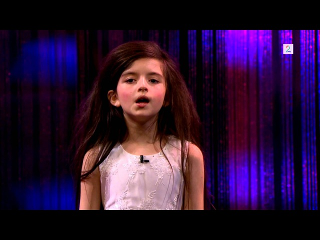 Amazing seven year old sings Fly Me To The Moon (Angelina Jordan) on Senkveld The Late Show
