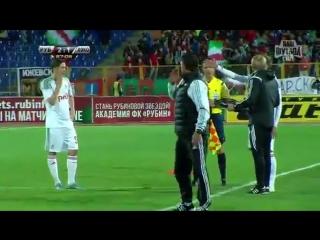 Виталий Денисов посылает своего тренера