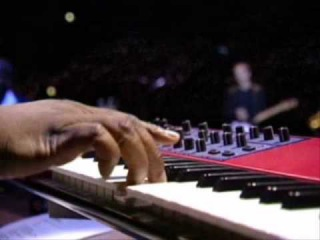 Old Love - Eric Clapton - (FULL VERSION with keyboard solo) - Madisson Square Gardens 1999