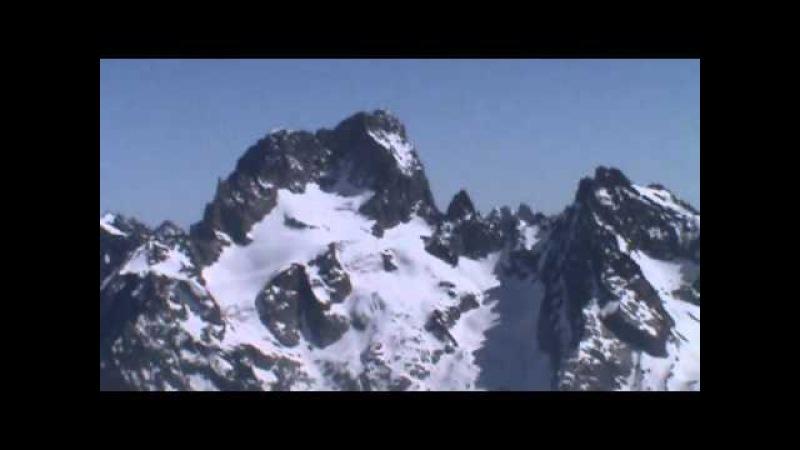 Les Rouies 3589m en ski de randonnée par le glacier du Chardon