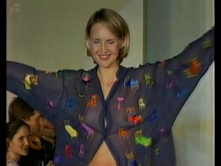 Юлия Бордовских Голая - 1999 показ мод