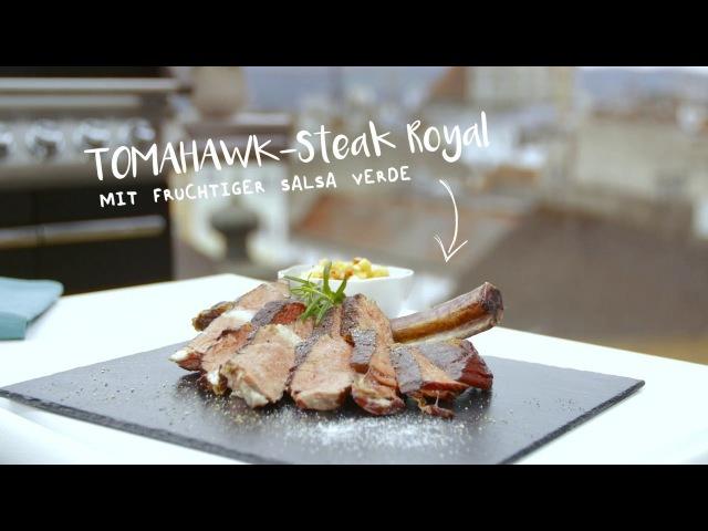 Tomahawk Steak mit fruchtiger Salsa Verde Hofer Fleischgenuss