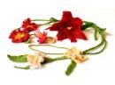 Filzanleitung für nassgefilzten Filzblumen-Schmuck, Filzblüten Ranken aus Filzwolle Felt Flowers