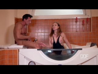 Yasmin Scott-Cant Leave Without Cum - Hot Milf Banged In Bathroom [1080]