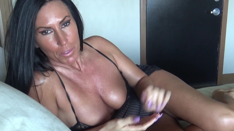 Katie71 Mom and Sons Night at the Hotel 2018 , Dirty, Talk, , MILF, , Mother, , Virtual, , Close ups, , Sex,