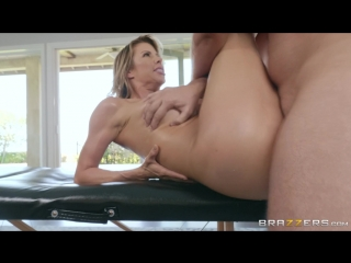 A Treat For Her Feet | Alexis Fawx | Brazzers