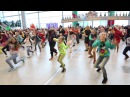 Новогодний флэшмоб в Аэропорту Домодедово New Year flash mob at Domodedovo Airport