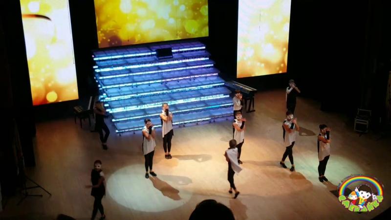 Dance Group KLASSные на юбилее Европейской гимназии