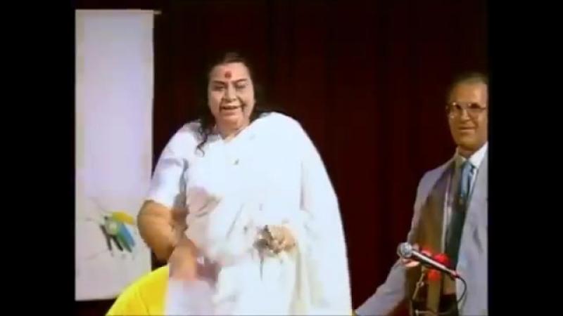 Nirmal Sangeet Sarita ( Mauline Thothavile Vinati Suniye Shri Mataji Vienna 1992) Sahaja Yoga Mantra