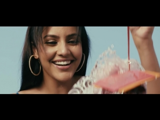 Nee Korinaal Official Video Song _ 180 _ Siddharth _ Priya Anand