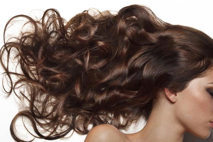 Кокосовое масло для волос — лучшее средство в борьбе с пересыханием и ломкостью