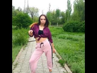 Танец dance (wisin yandel- vengo acabando)