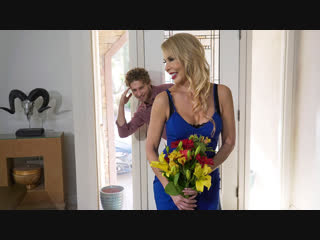 Erica Lauren ( Cock Blocked By Mom / ) 2019 г., Average Body, Blonde, Caucasian, Dress, High Heels, Innie Pussy, MILF