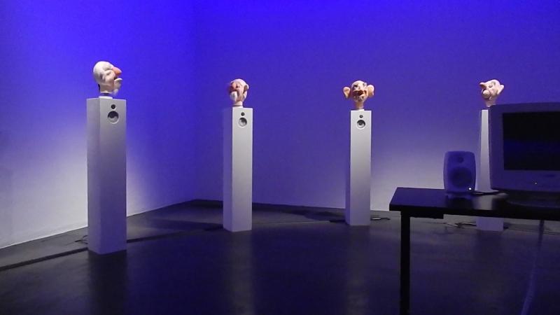 В музее современного искусства КИАСМА (Хельсинки).
