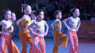 """МОДНИЦЫ. Спортивно-хореографическая студия """"LeeLoo"""".  танец"""