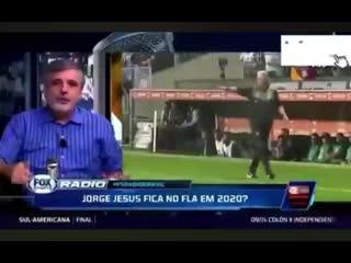 """Flávio gomes """"se o flamengo fosse referência não pegava fogo num contêiner e matava 10 pessoas"""""""