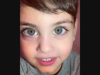 Вы только посмотрите в эти глаза!