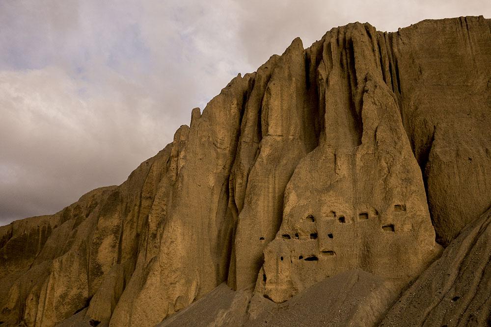 королевство мустанг - пещеры