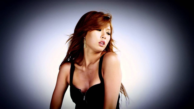HYUNA - Bubble Pop! (Official Music Video)