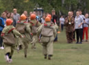 Юные омичи проходят курсы выживания в лесу