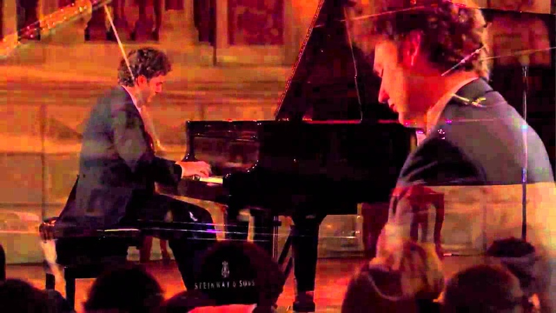 Giuseppe Albanese plays Debussy Suite bergamasque: Clair de lune