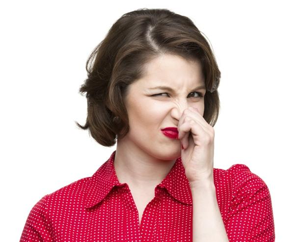 Как быстро и просто избавиться от запаха жареного в доме