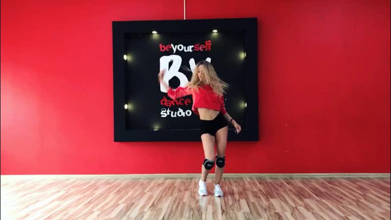 Choreo by @mary chigir @im mi lana 💋❣️ Videographer @saenko sonya 💋❤️ Location Dance studio Be Yourself