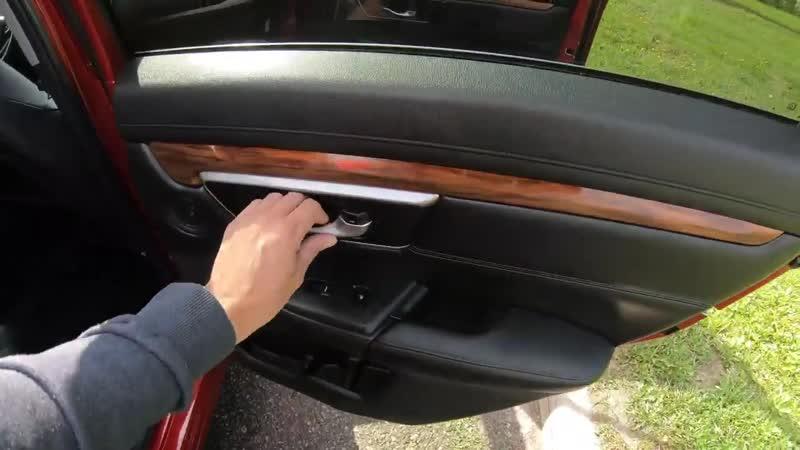 [AcademeG DailyStream] Вот почему Honda CR-V стоит 2,6М рублей (я не знаю)